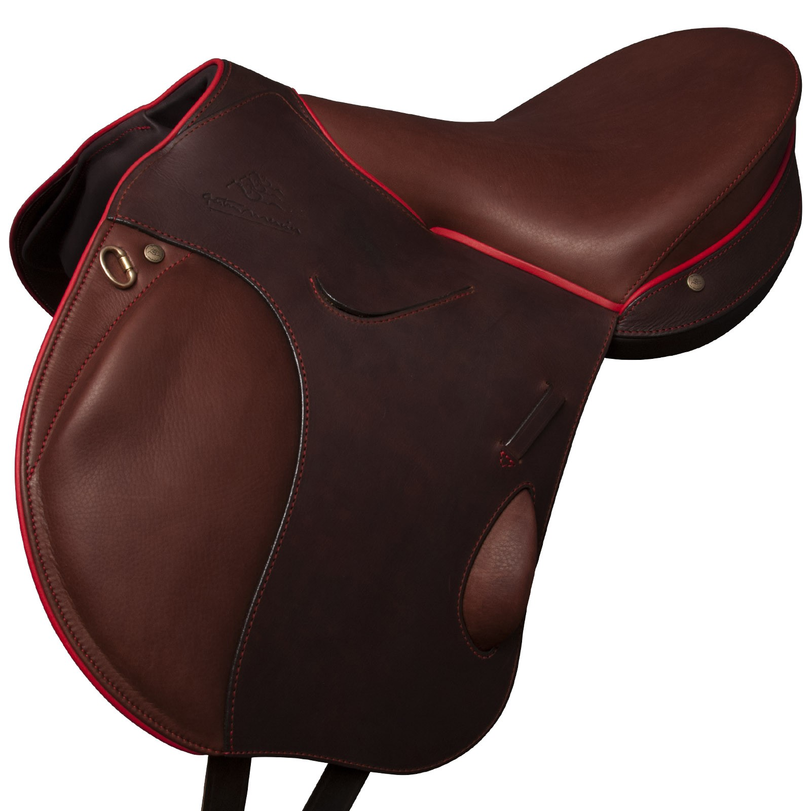 The D13 a saddle of sport, particularly adapted to the CSO and the CCE