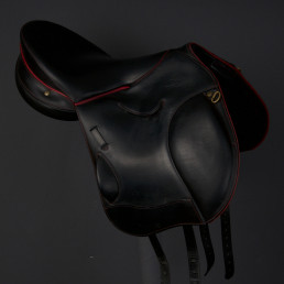 Second Hand saddle D13