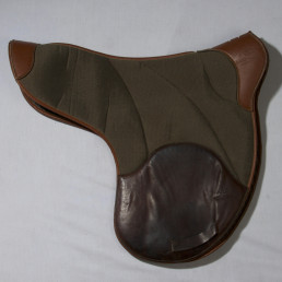 [ SECOND HAND ] Saddle pad old model color natural