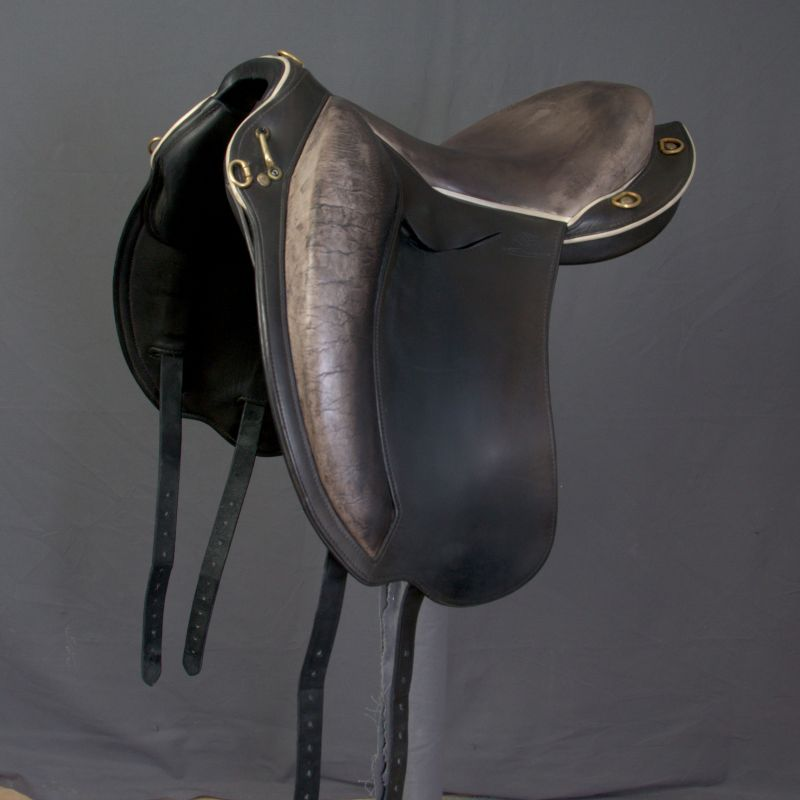 Anatomic Stirrup Leathers