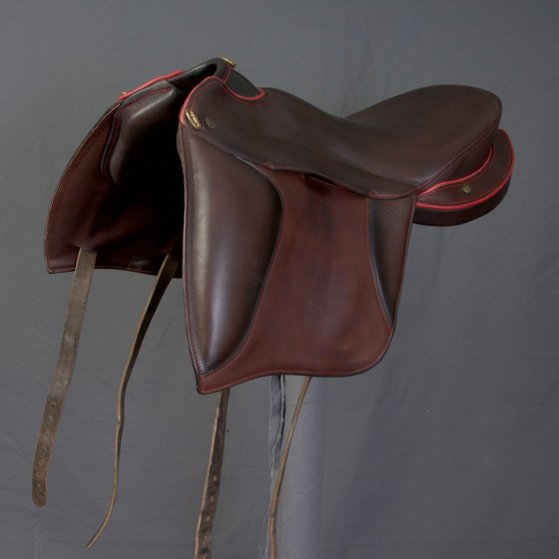 Demo Florac with saddle flap