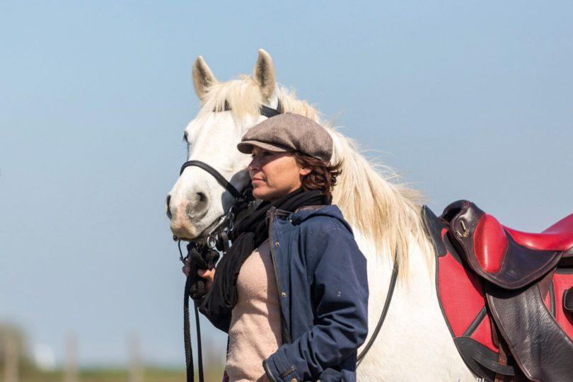 """1000 km on horseback"" on a saddle Gaston Mercier with Julie Raynaud and Equidia"